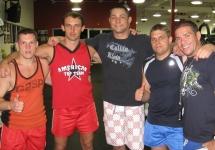 С профессиональным бойцом Top UFC Tiago Silva ( в центре)